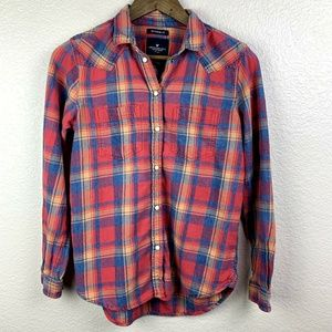 American Eagle boyfriend fit paid button down